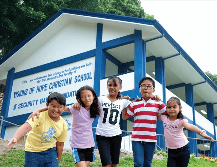 Visions of hope school photo   louie de real