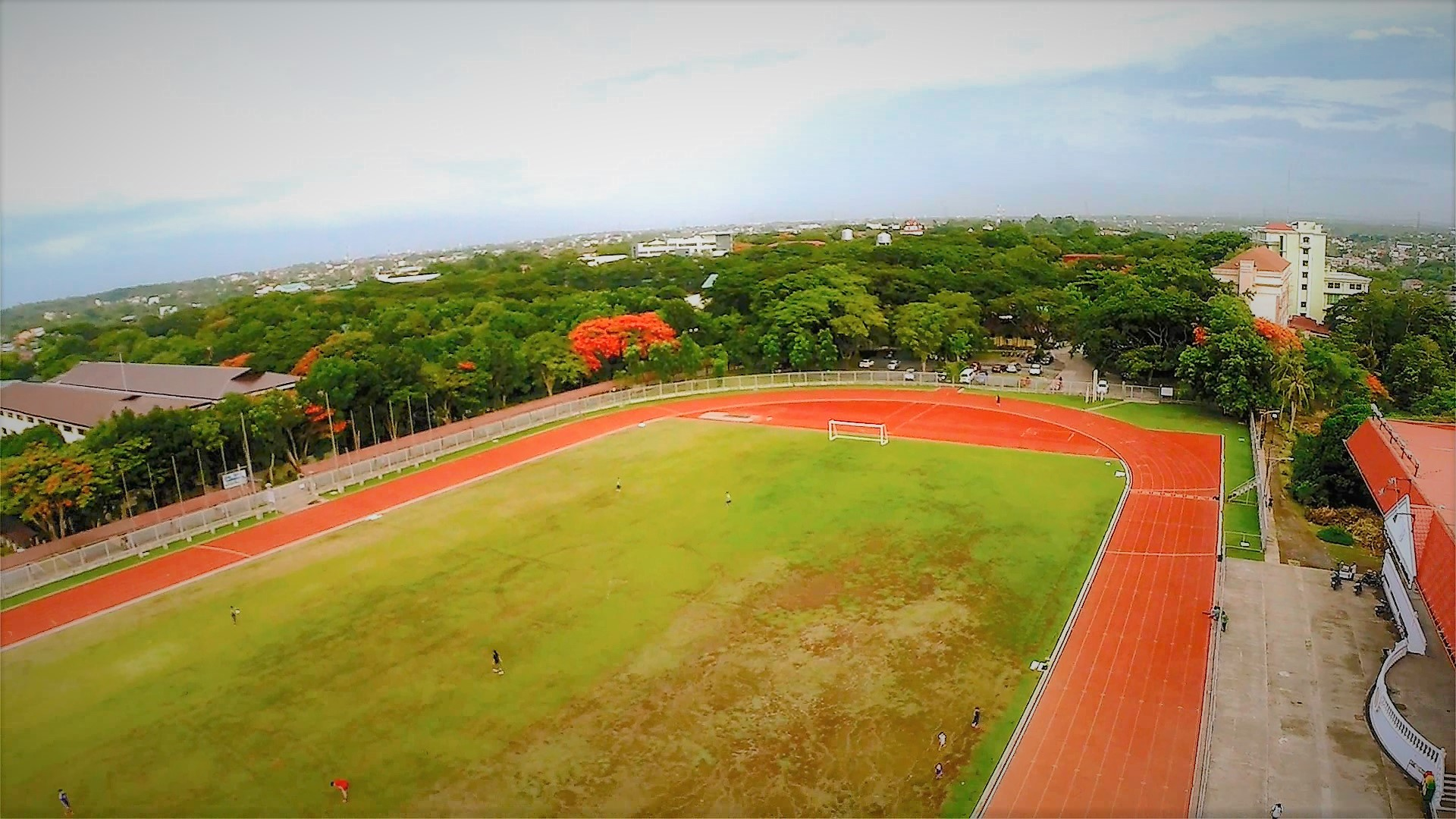 Track oval